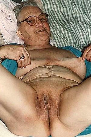 hot sexy grandmothers posing nude