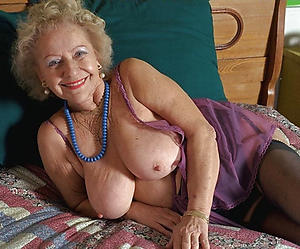 granny big boobs posing minimal