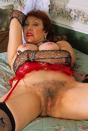 mature hairy moms carry the posing nude