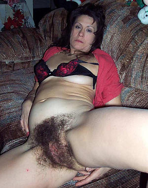 naked mature flimsy moms