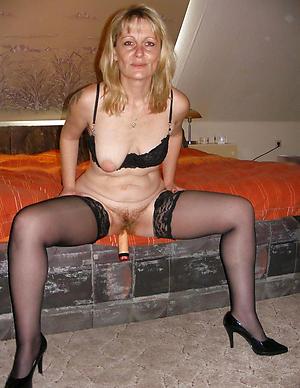 beautiful mature nylons and heels