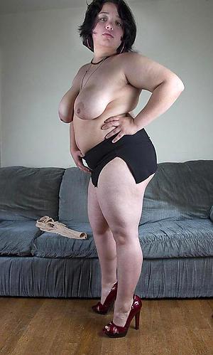 mature sluts in heels posing nude