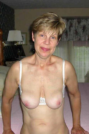 sexy busty housewife