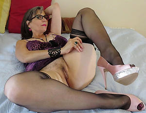 horney housewife porn images