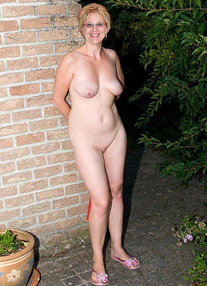 amateur housewife pussy haughty pics