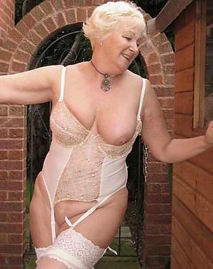 naked mat full-grown in lingerieure in lingerie
