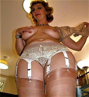 amateur matures in lingerie