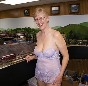 old women in lingerie dealings gallery