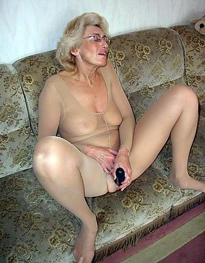 naked granny masturbation