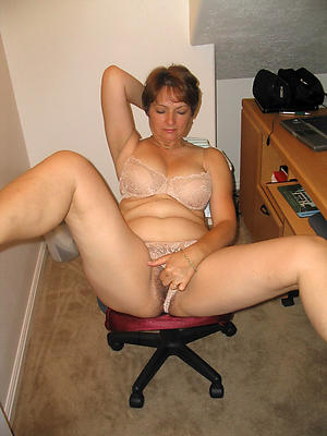 nice older women masturbating