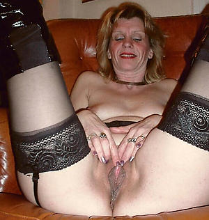 older women masturbating posing nude
