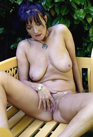 hot women masturbating porn pics