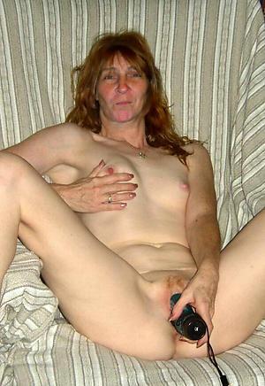 nice women masturbating with vibrators