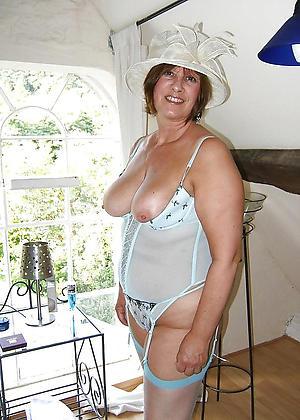 materfamilias pussy sex pics