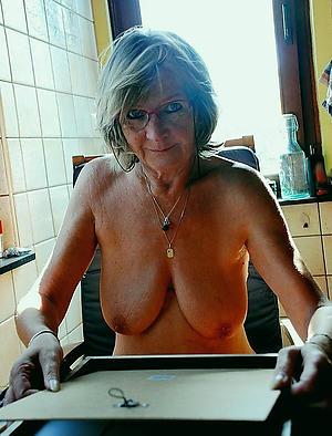 moms pussy porn pics