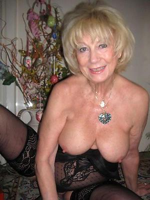 amateur of age women nude posing nude