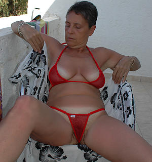 curvy women upon bikinis porn pics