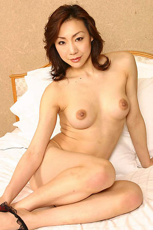 sex galleries of hot unconcealed asian body of men