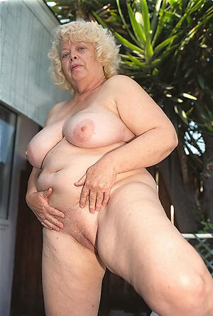 mature bbw naked porn pics