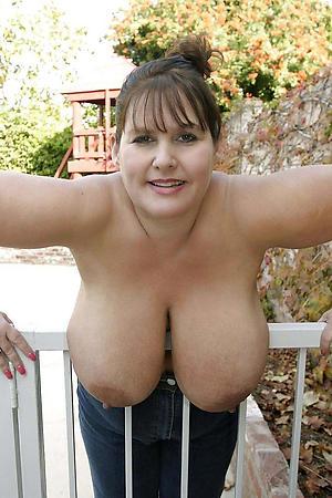elder women with big tits amateur pics