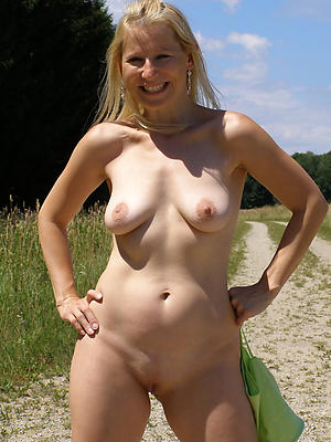 xxx pretty blonde women