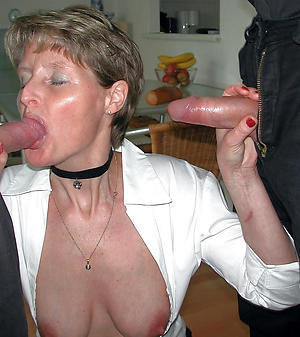 sallow women giving blowjobs posing nude