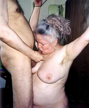 older women pompously blowjob porn pics