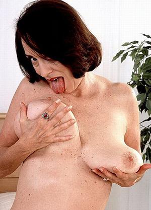 hotties older brunette women