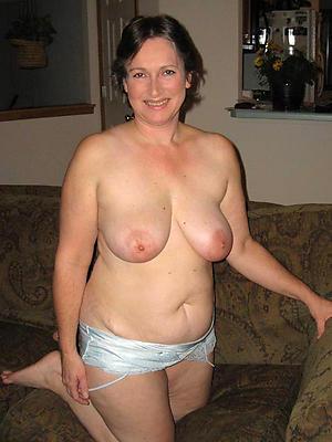 beautiful brunette women love porn