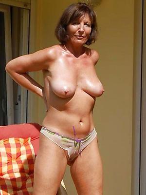 hottest brunette body of men love posing nude