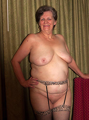 chubby nude women love porn