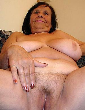 naked chubby mature women