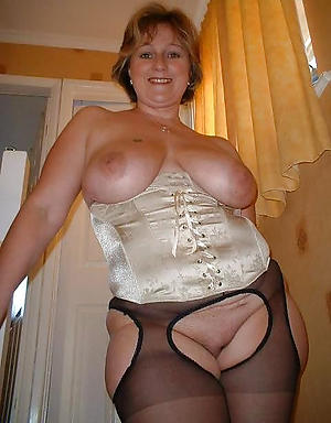 mature chubby women porn pictures