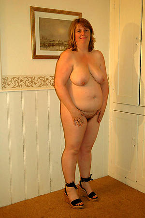 mature nude girlfriends sex gallery