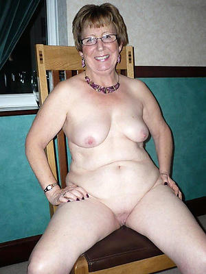 sex galleries of grannies with glasses