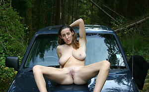 nude adult women minus private pics