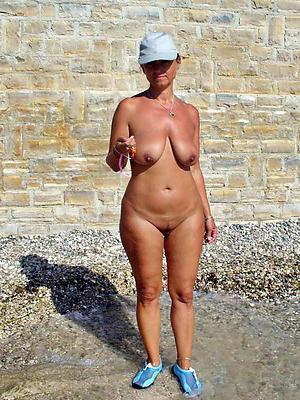 women masturbating outdoors love posing nude
