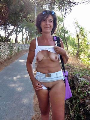 free pics be advantageous to women masturbating outdoors