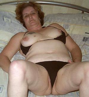 body of men showing panties posing nude