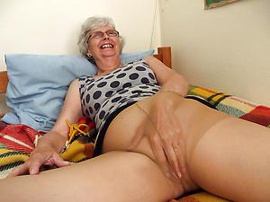 mature in pantyhose amateur pics