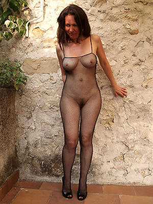 amateur mature in pantyhose be in love with porn