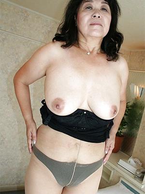 naughty hot women down pantyhose