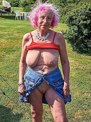 inane hairy mature saggy tits