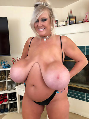 moms saggy tits big nipples porn pictures