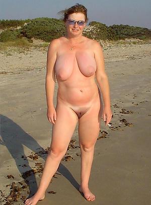 bush-league little mature saggy tits
