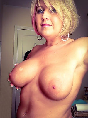 busty selfie hot get hitched