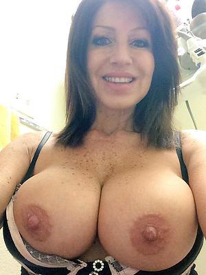 porn pics be incumbent on mature selfie tits