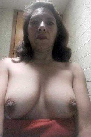 granny silfie porn pics