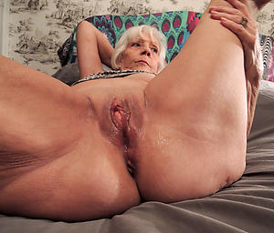 nude pics of mature shaved pussy