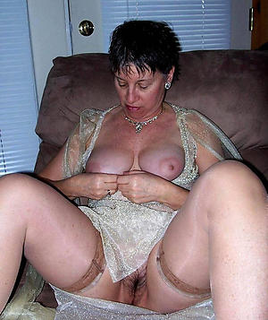 mature women solo sex gallery